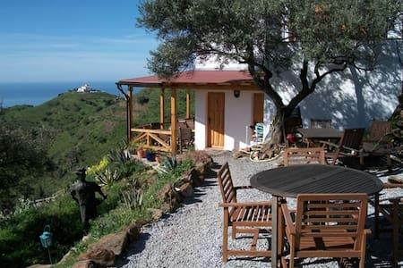 Urlaub machen im Vorzimmer zum Paradies - App. 1 - - Sayalonga