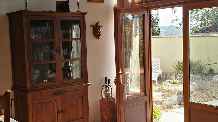 Lamaisonetoile - Private room - Naves - Bed & Breakfast