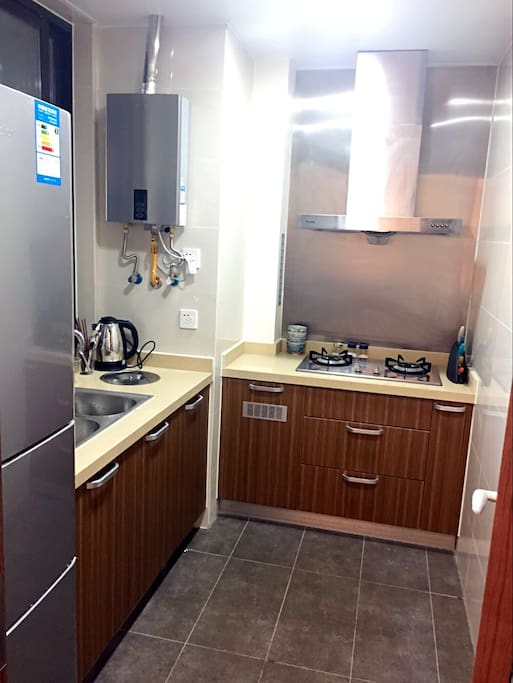 干净整洁的厨房,您可以在这里大显身手。