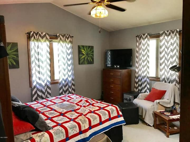 Private Room For Rent in Marion, IL!