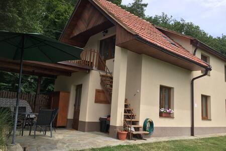 Chalupa v krásném prostředí u Luhačovic