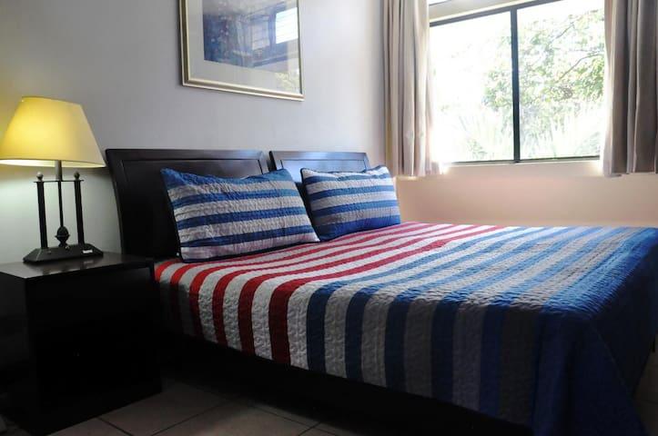 Your Room in Barrio Aranjuez!