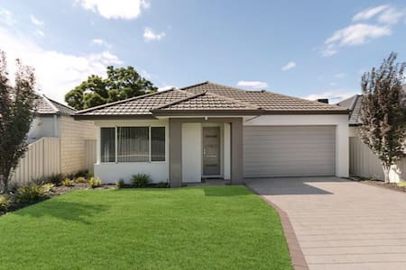 Double bedroom close to Perth CBD - House