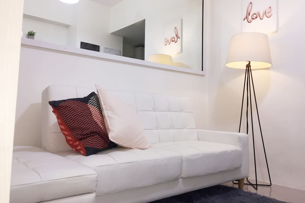 The unit has been freshly furnished and newly decorated with beautiful hand-selected pieces. Our style is minimalist, bright white with luxe touches.