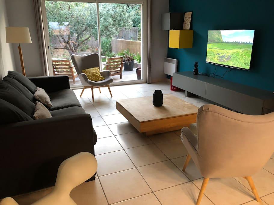maison 120m2 avec piscine 10 min de perpignan maisons louer perpignan occitanie france. Black Bedroom Furniture Sets. Home Design Ideas