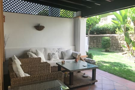 Luxury & Comfortable Townhouse 5 min Puerto Banus