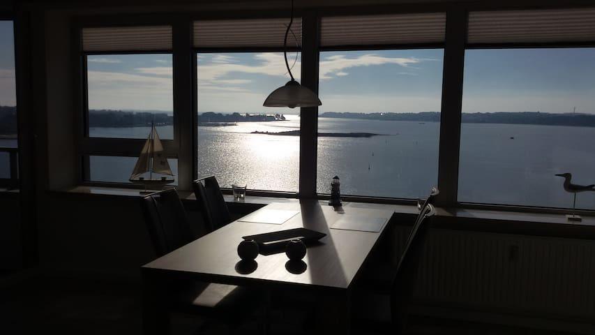 """Maritimes Apartment """"Ostseefjord-Schlei-Blick"""" - Schleswig - Huoneisto"""