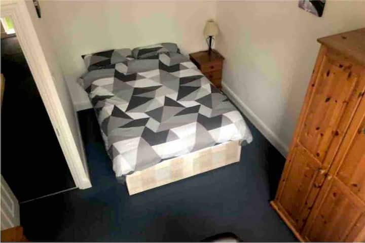 Large double room, Central London, Lambeth North