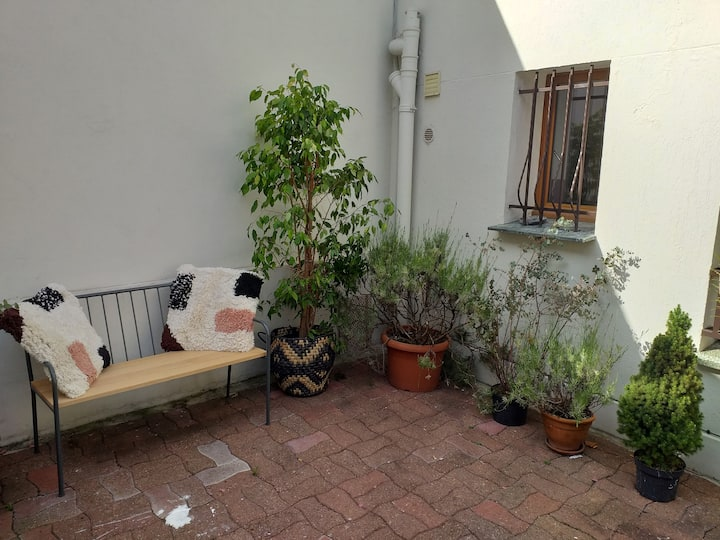 70 M2  house 5 min from Metro to centre of Paris