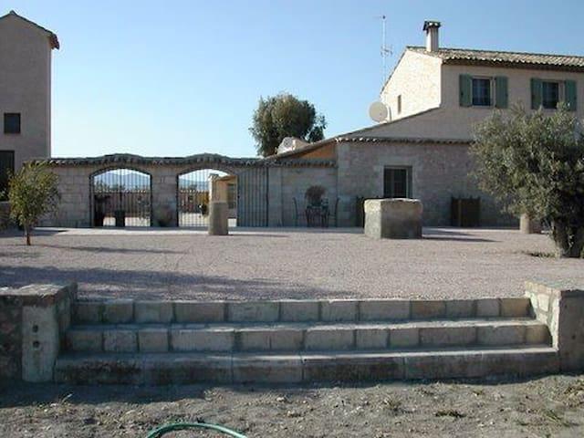 Mas armonia - Lorca - House