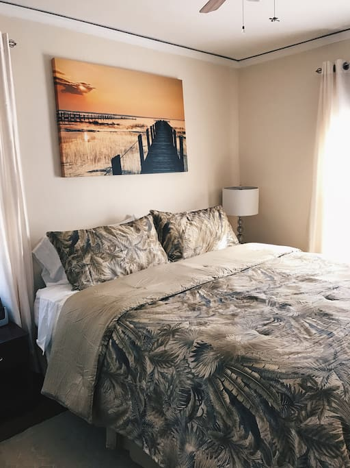 Celtic Carriage House In N Berkeley Apartments For Rent In Berkeley California United States