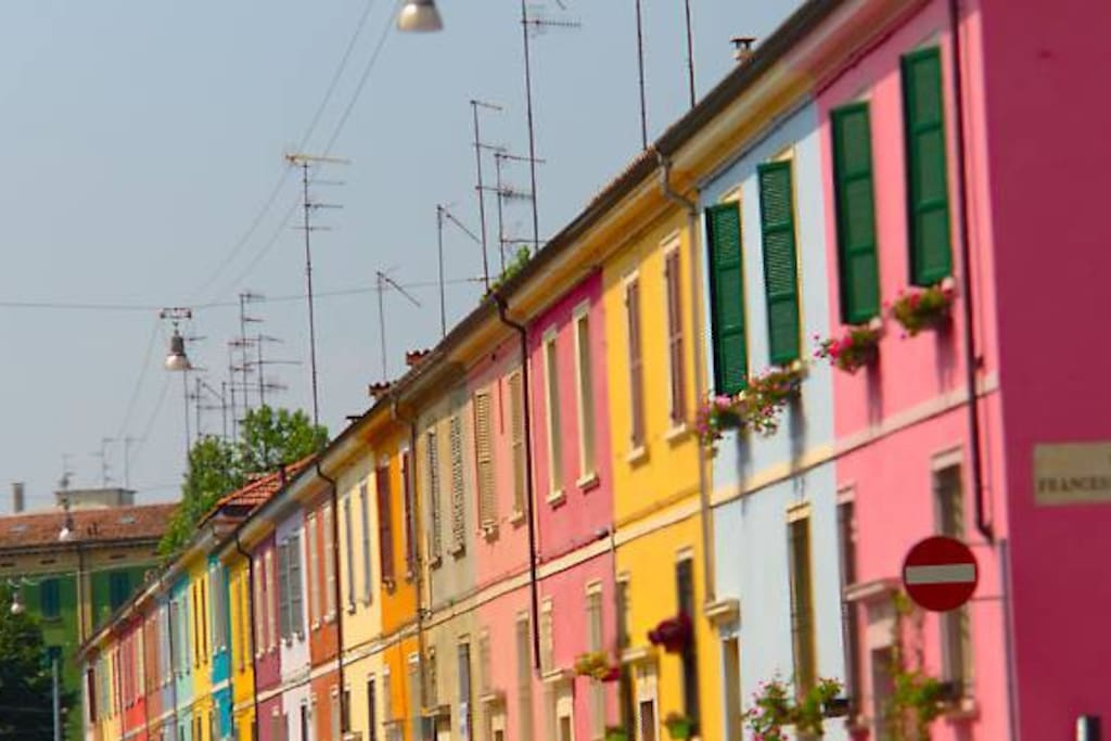 Appartamento con giardino immerso nella storia for Appartamenti arredati in affitto a parma