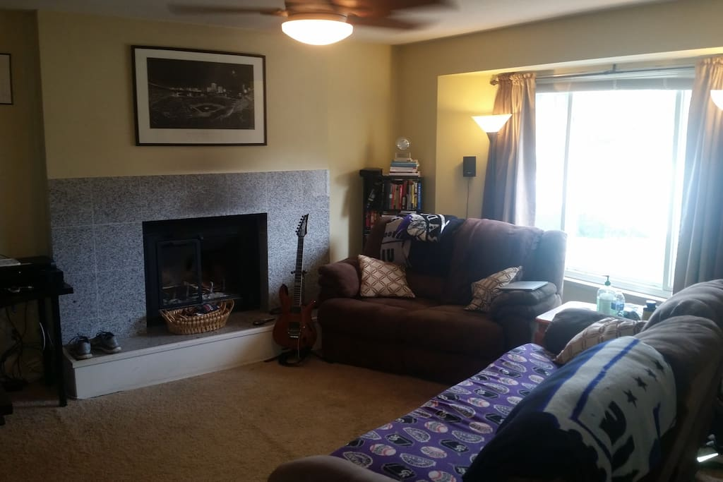 """Living Room w/Fireplace and 42"""" LCD TV (left side of the fireplace)"""