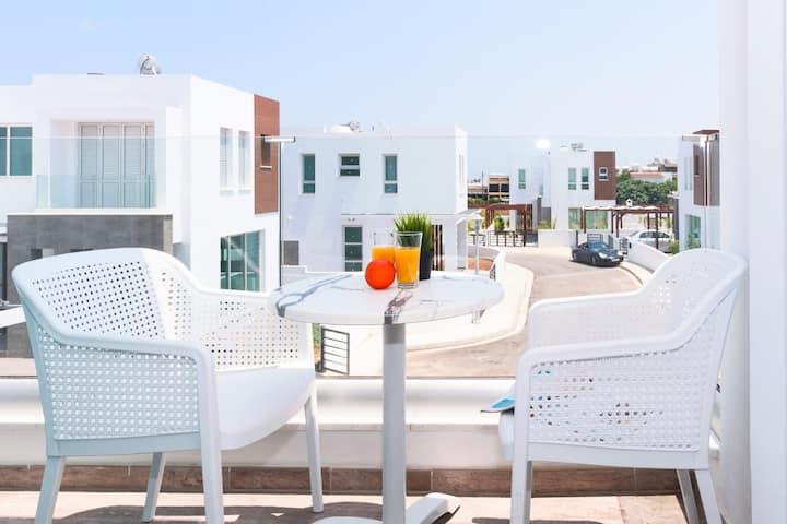 Rosaleen - 3 bedroom seaview  new villa with pool