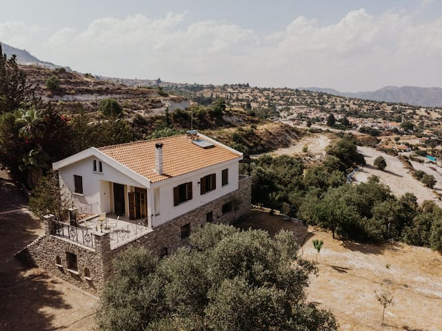 House with Panoramic Views of Kato/Pano Lefkara