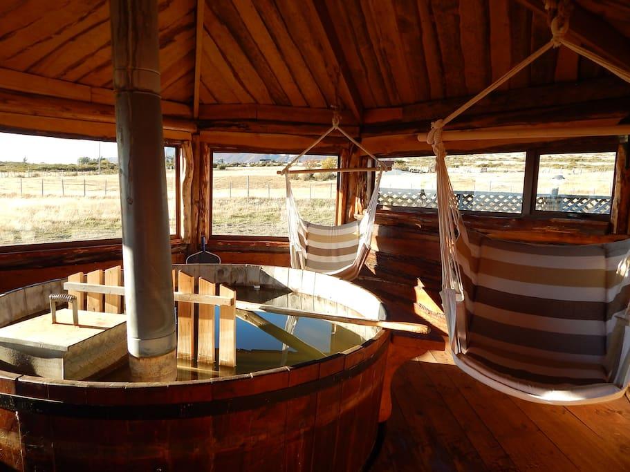 Sala Hot tub