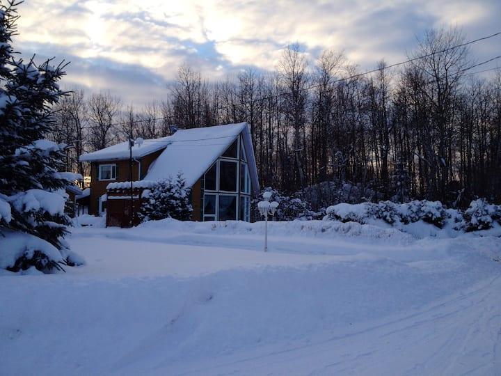 Chalet with 2 bedrooms in Mashteuiatsh, with wonderful lake view