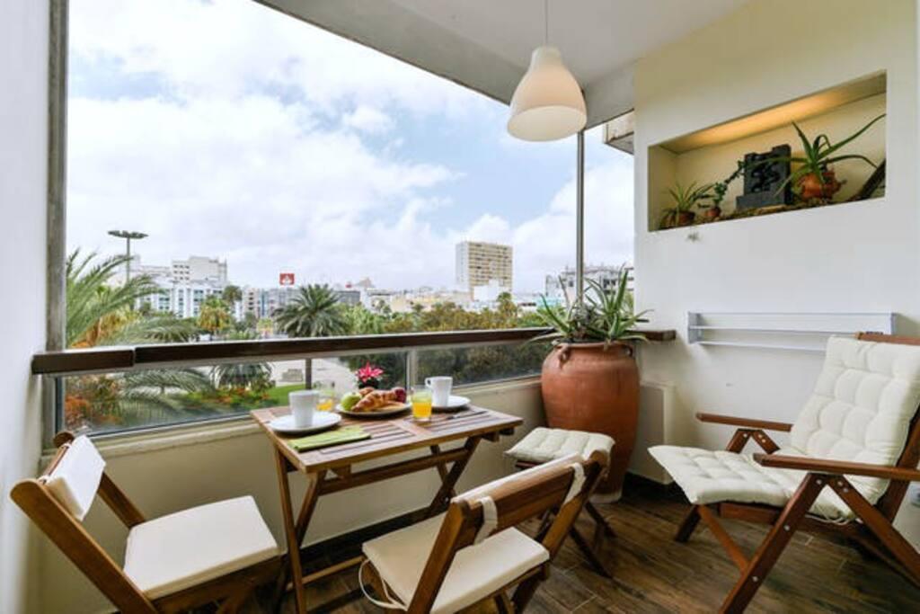 Nuevo loft con vistas y terraza las canteras apartamentos en alquiler en las palmas de gran - Apartamentos baratos en las canteras ...