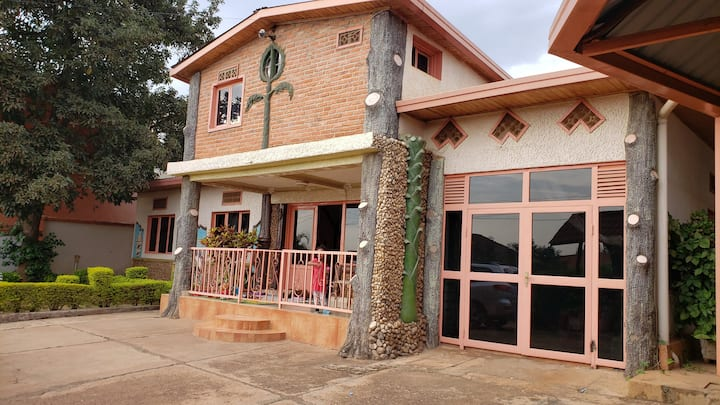30 usd per Night/Comfort and practical access/KGL
