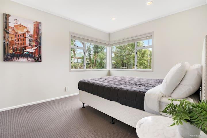 Bedroom - 4 Double Bed