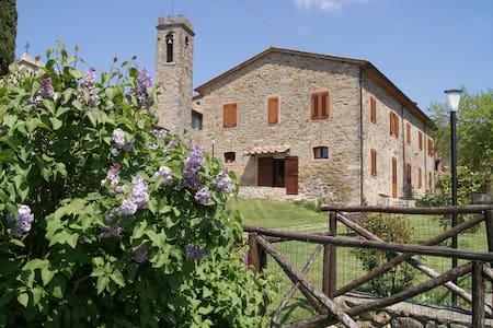 Romantic cosy flat - Toscana Italy