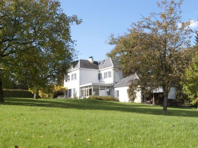 Le Chaperon - Villa de charme Art contemporain