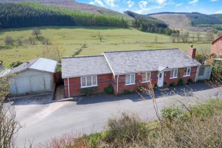 Quiet stay in Abbeycwmhir