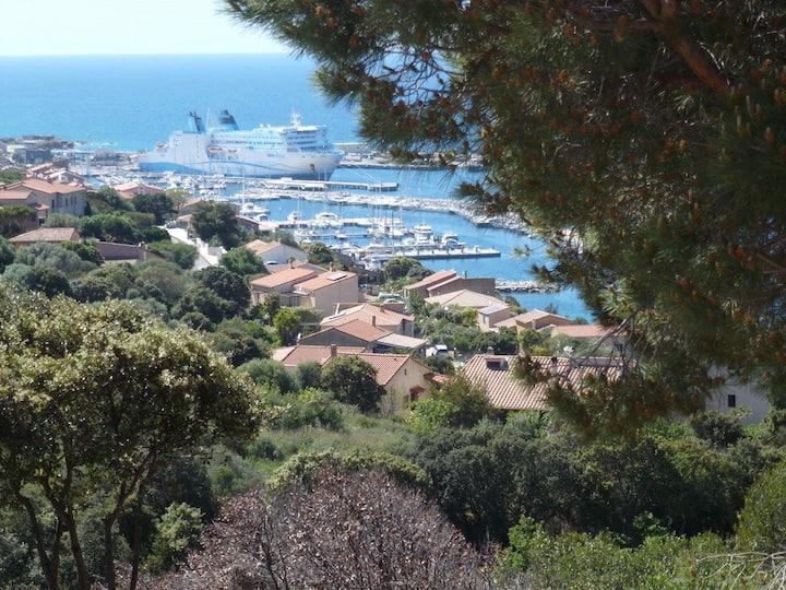 Villa indépendante et spacieuse Très belle vue mer