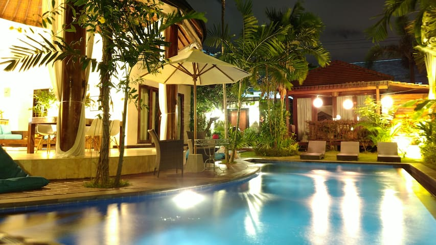 Private bungalow in little paradise, Canggu area