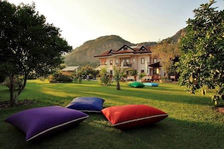 Gocek Arion Hotel Bed & Breakfast - Göcek