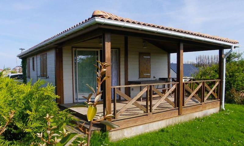 Maison agréable dans un parc de loisirs sécurisé - Grandcamp-Maisy - 牧人小屋