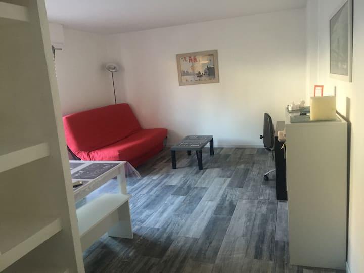 studio de 30 M2  avec balcon