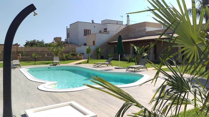 Stylish Apartment #3 in Idyllic Historical Villa