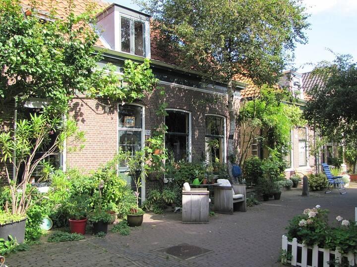 Scheveningen fishermen's houses