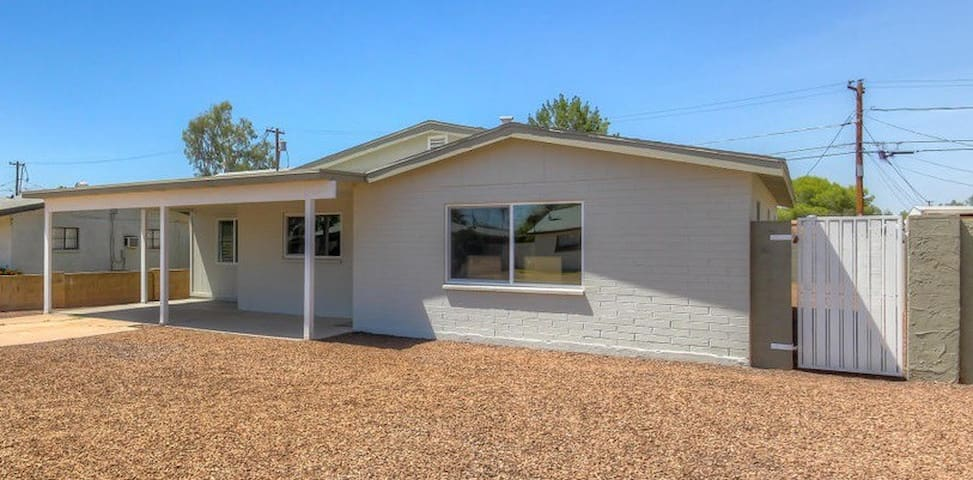 New 3BR Tempe House