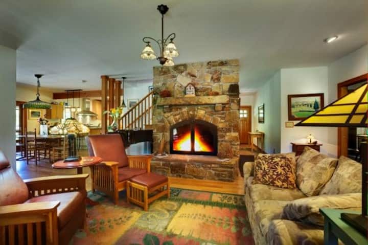 Room in Craftsman Style B&B, Capay Valley