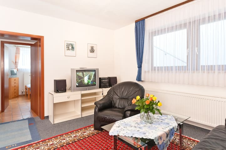 Modern equipped flat, two bedrooms - Gilching - Leilighet