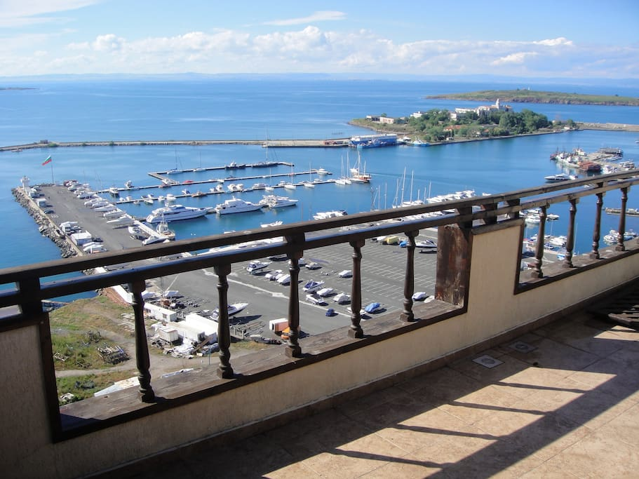 The view to the Marina Sozopol yacht port