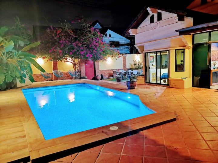 5 Bedroom Pool Villa 3 mn to Walking Street