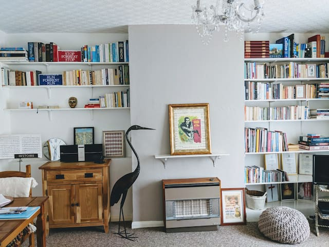 Trendy one-bedroom flat