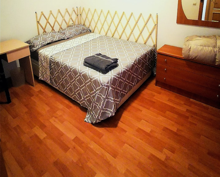 1. Room in the city center near Sagrada Familia.