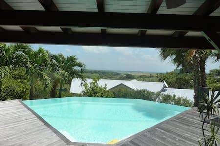 GREAT HOUSE - VILLA DE STANDING - Baie Mahault - 別荘