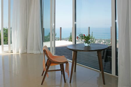 Sea view apartment in Sochi - Sochi