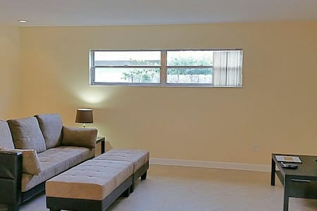 Private Unit 1/1 w. Pool & Hot Tub - Altamonte Springs