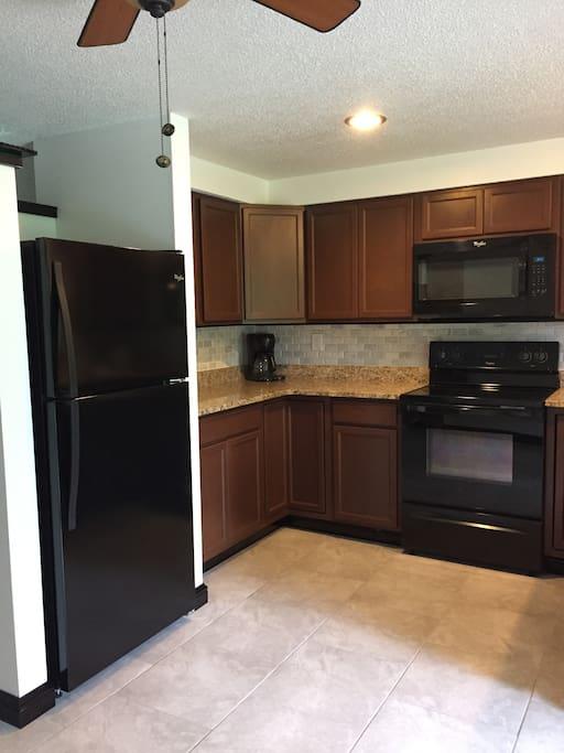 Kitchen/Granite