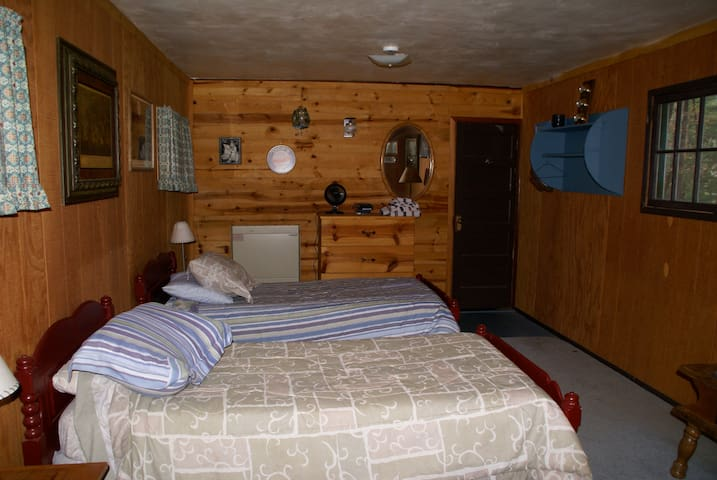 Lake Pillsbury/ Hull Mt. Cabin 1Br/1Ba Great View! - Lake Pillsbury - Cabin