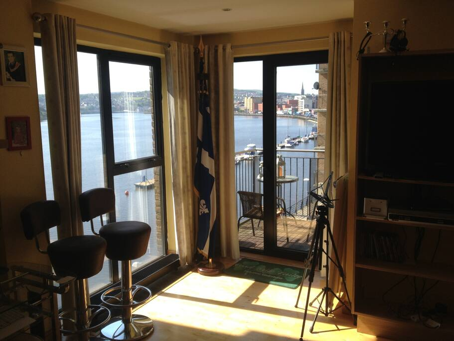 The view over the Foyle Marina and Derry city centre. Possibly the best luxury apartmenr to rent for events such as the Clipper Race, Maritime & Halloween Festivals.