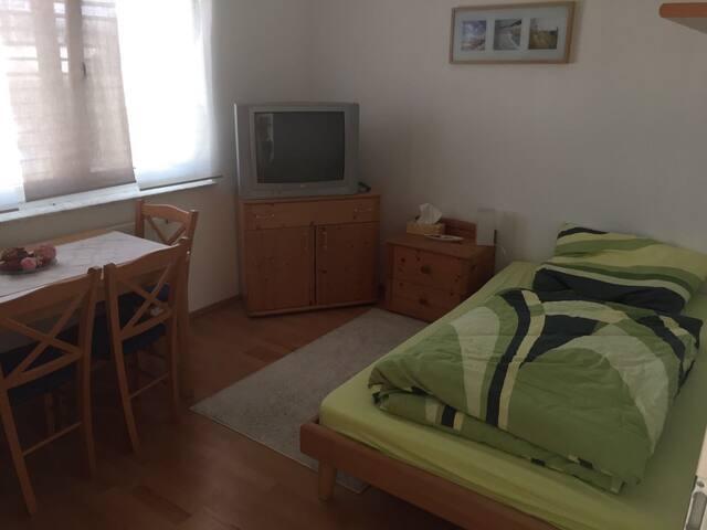 Modernes Zimmer im Süden von Graz