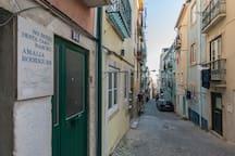 Modern Downtown Studio - Experience Lisbon