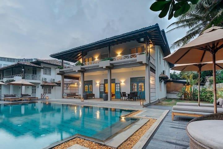 7 Bedroom Beach Villa With Pool